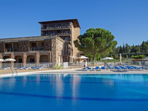 Village Vacances Le Castel Luberon 3*