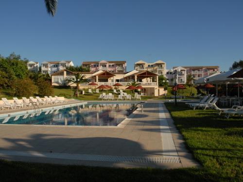 hôtel rebecca's village ****