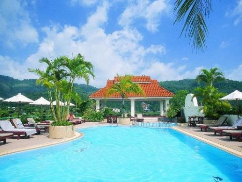 Hôtel The Old Phuket Karon Beach Resort ****
